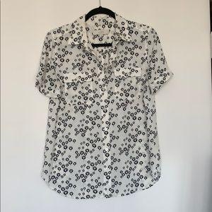 LOFT | Short sleeve floral button up blouse